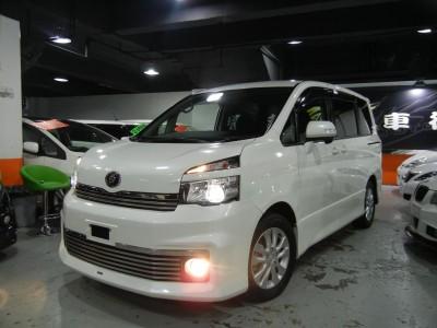 Toyota  VOXY ZS FACELIFT MODELLISTA
