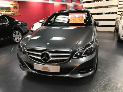 Mercedes-Benz E220 BLUETEC AV FL