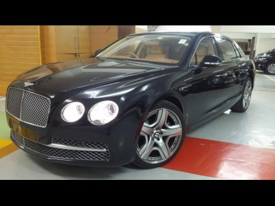 賓利 Continental Flying Spur