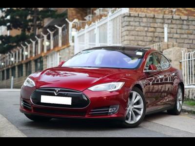 Tesla Model S 85 KWH SIGNATURE
