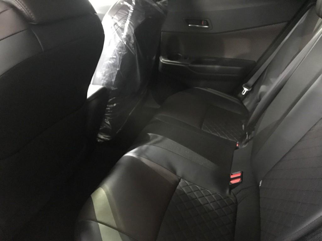 Toyota CHR 1.2 Turbo - 車主網 Driver.com.hk