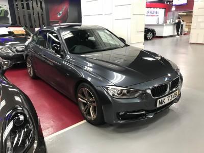 BMW  328IA SPORT