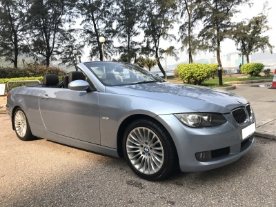BMW  323i conv
