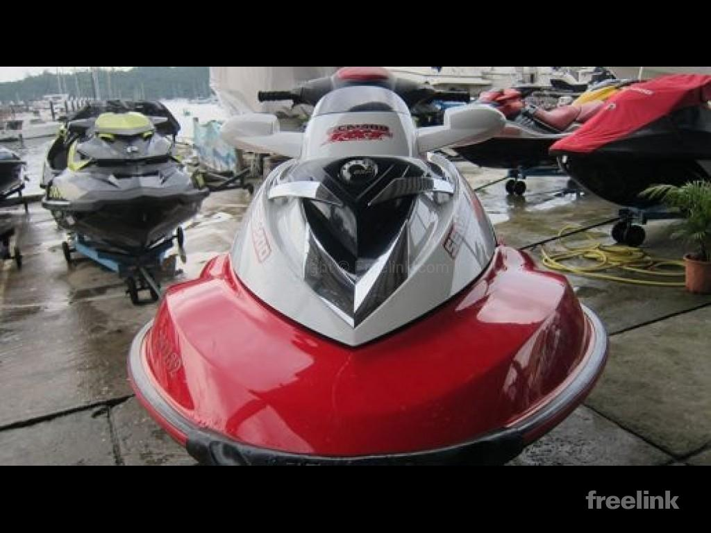 SEA-DOO RXT 215