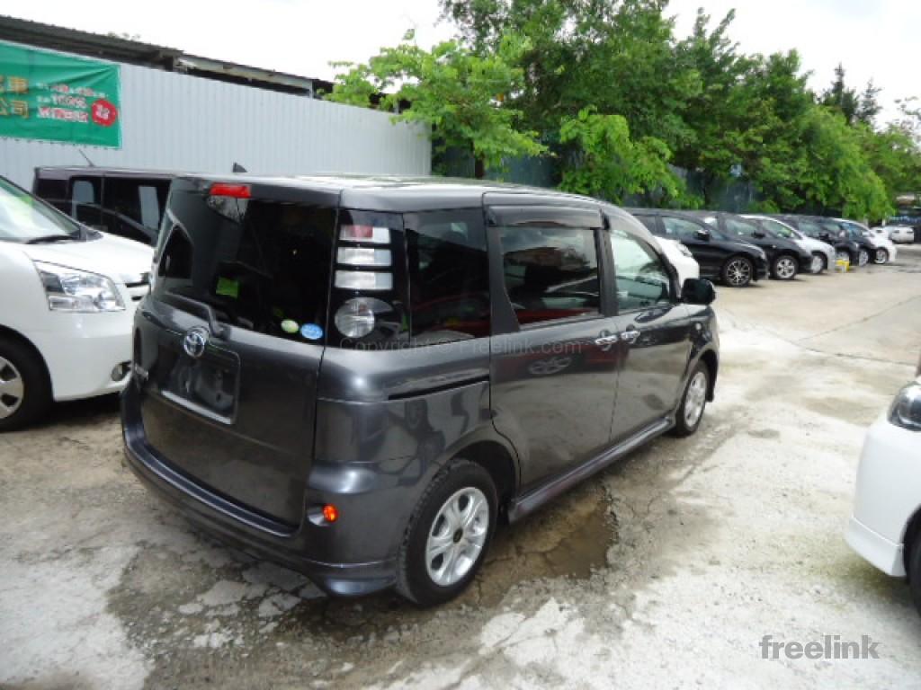 Toyota SIENTA LTD S