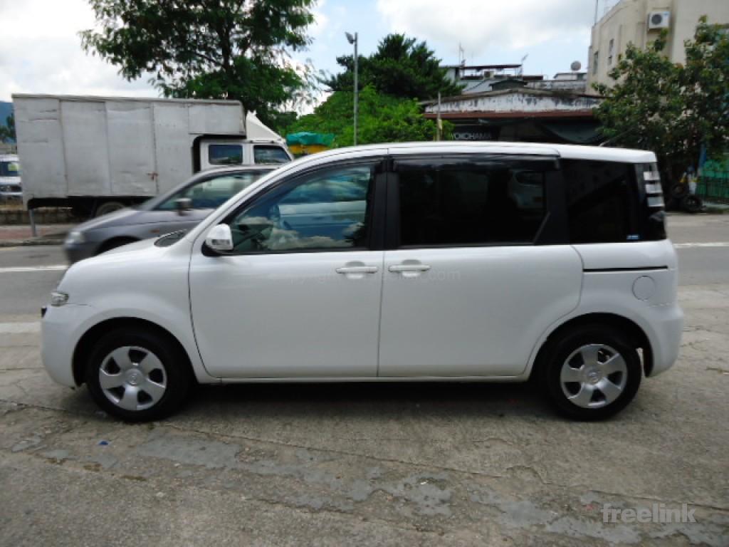 Toyota SIENTA LTD