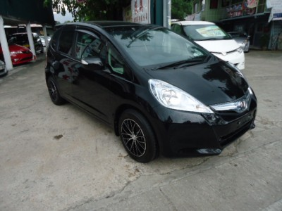 Honda fit hybird