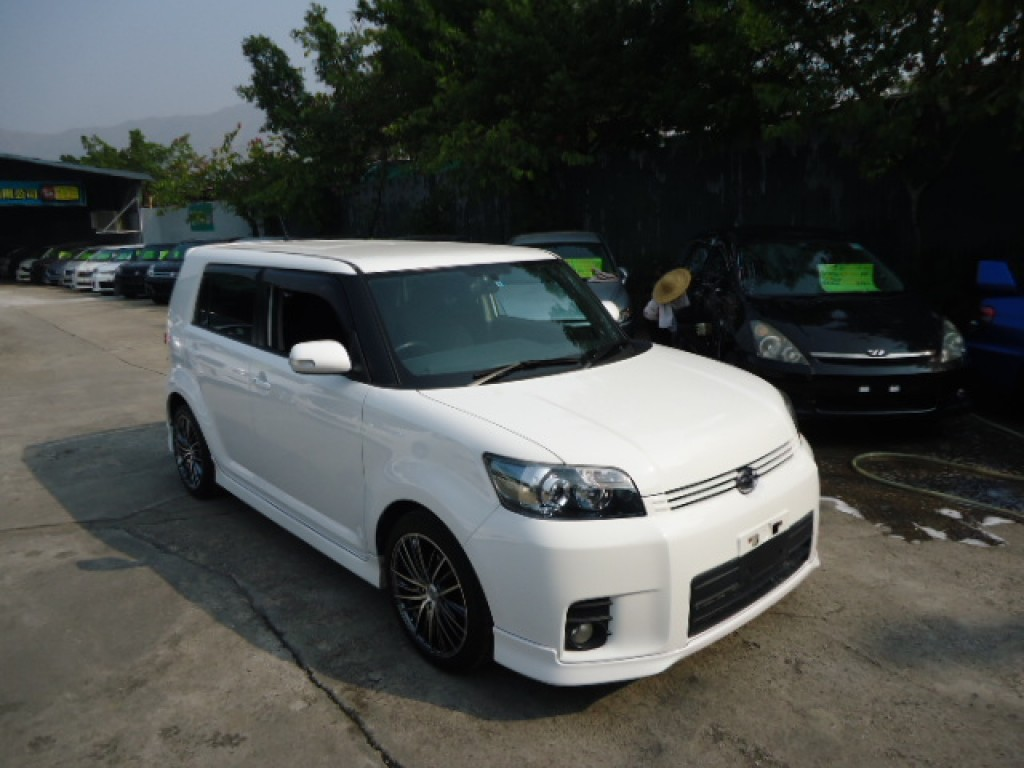 Toyota RUMION 1.8S AERO TOURER.bB