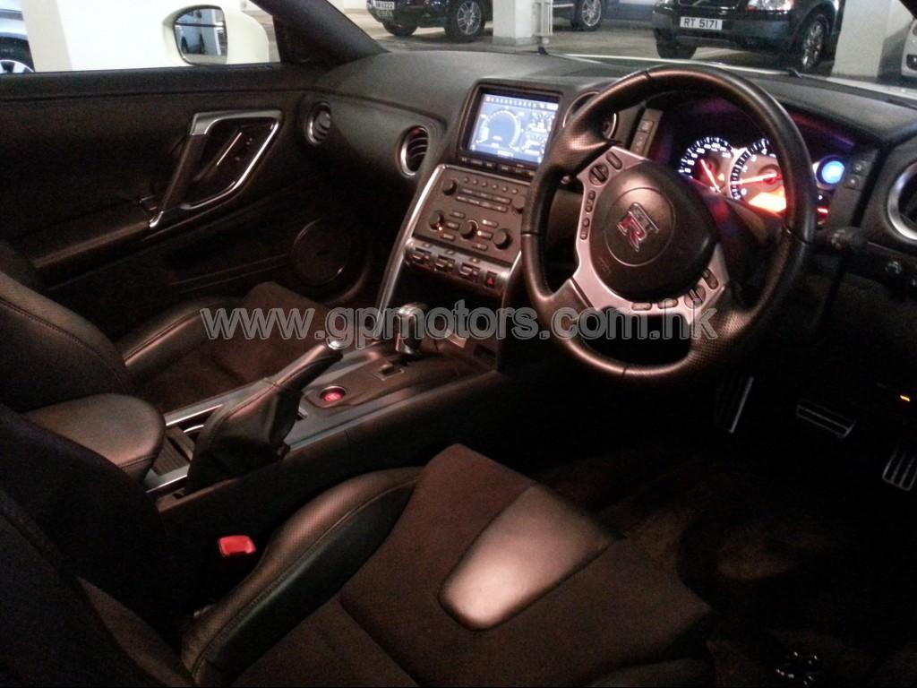Nissan  GTR Premium Edition