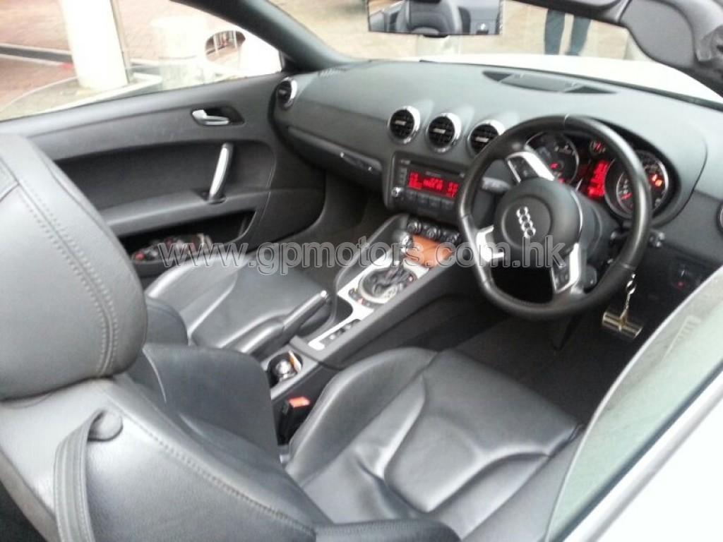 Audi TT Roadster 2.0T FSI