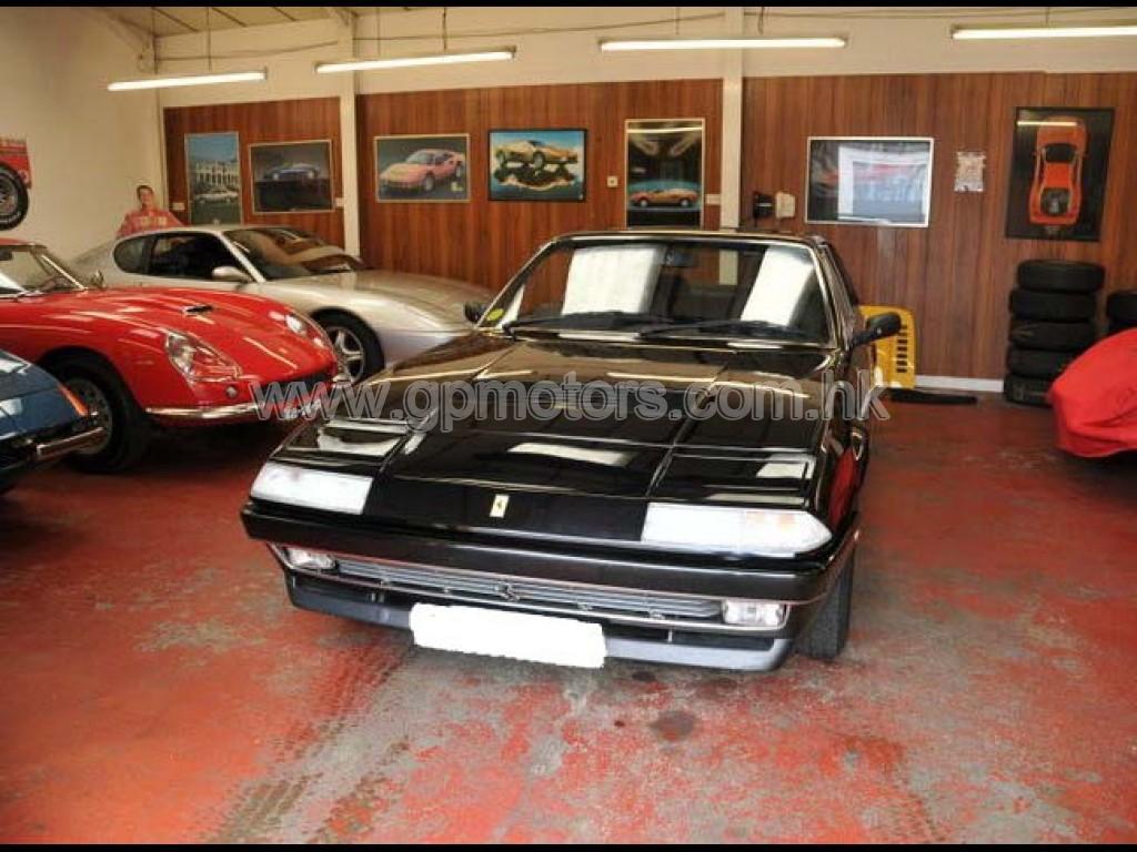 Ferrari  412 2+2 Sunroof