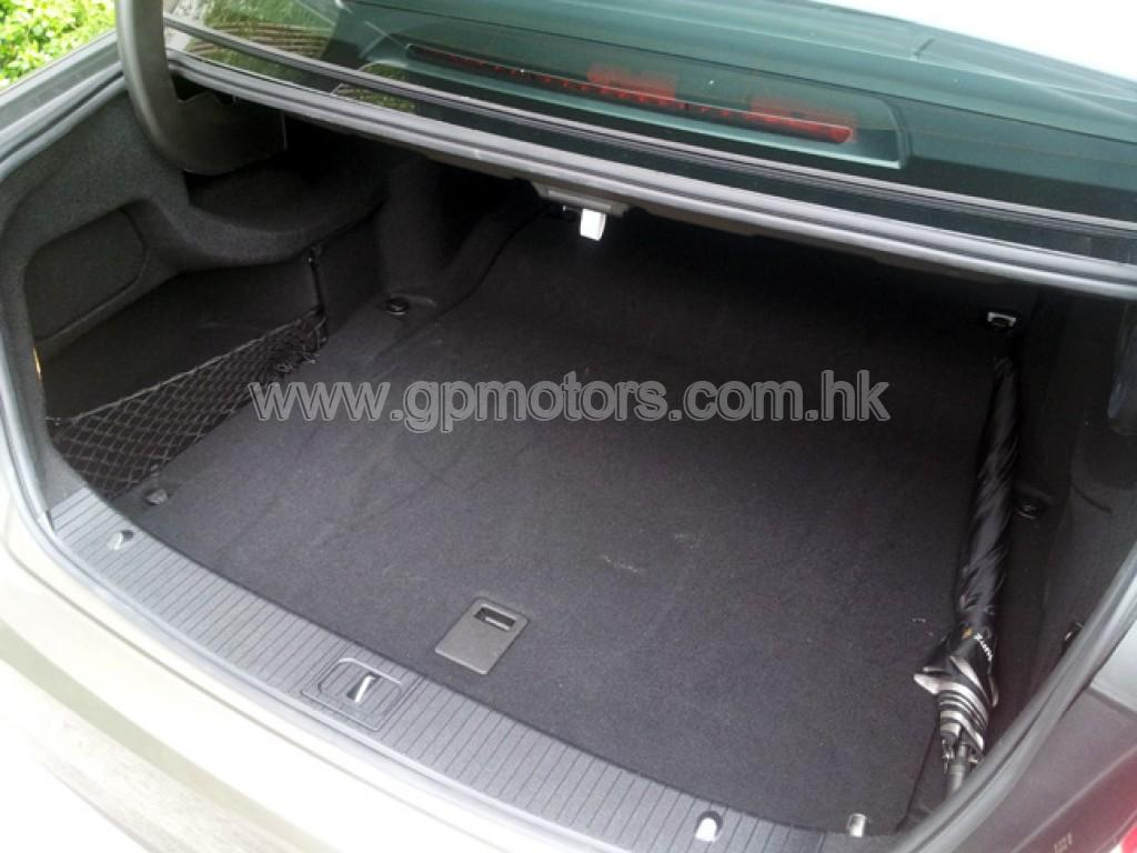 Mercedes-Benz E350 AV AMG