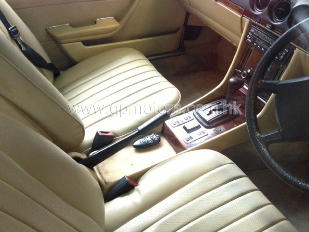 Mercedes-Benz 380SLC