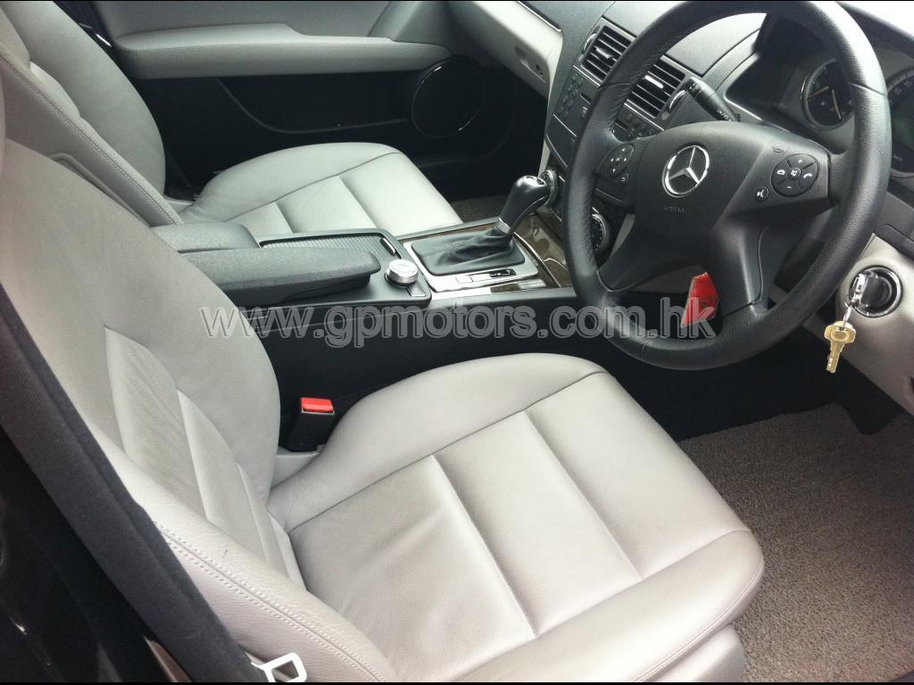 Mercedes-Benz C280