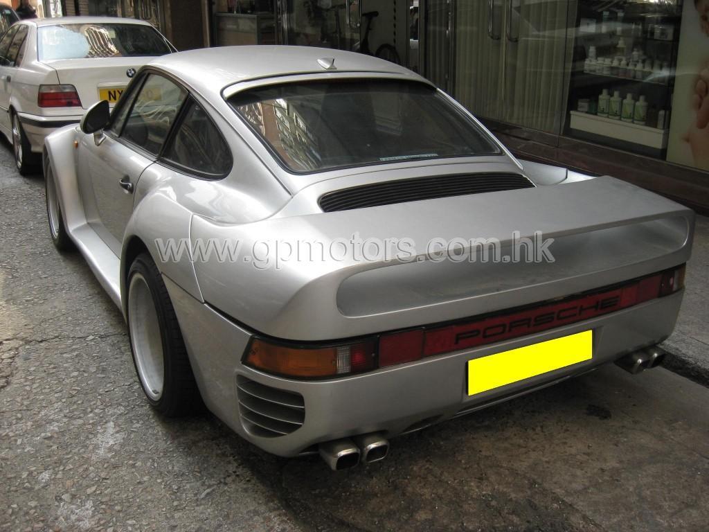 Porsche 930
