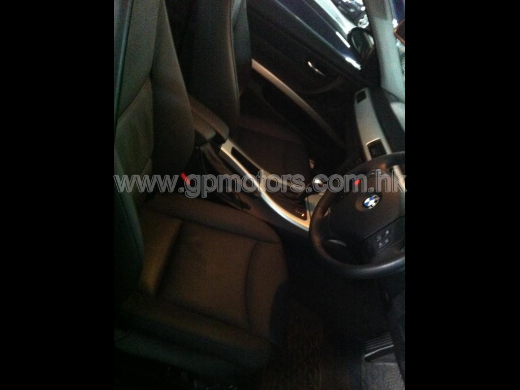 BMW  Touring 323i