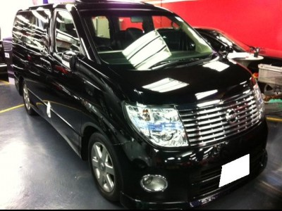 Nissan Elgrand Highway - Star