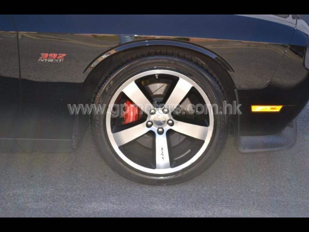 道奇 (LHD) Challenger SRT8 6.4L HEMI 392 Sport