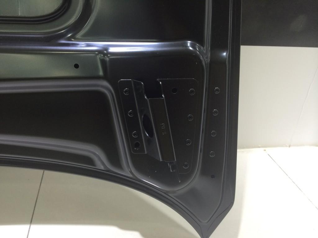 Maserati  FrontHoodBonnet