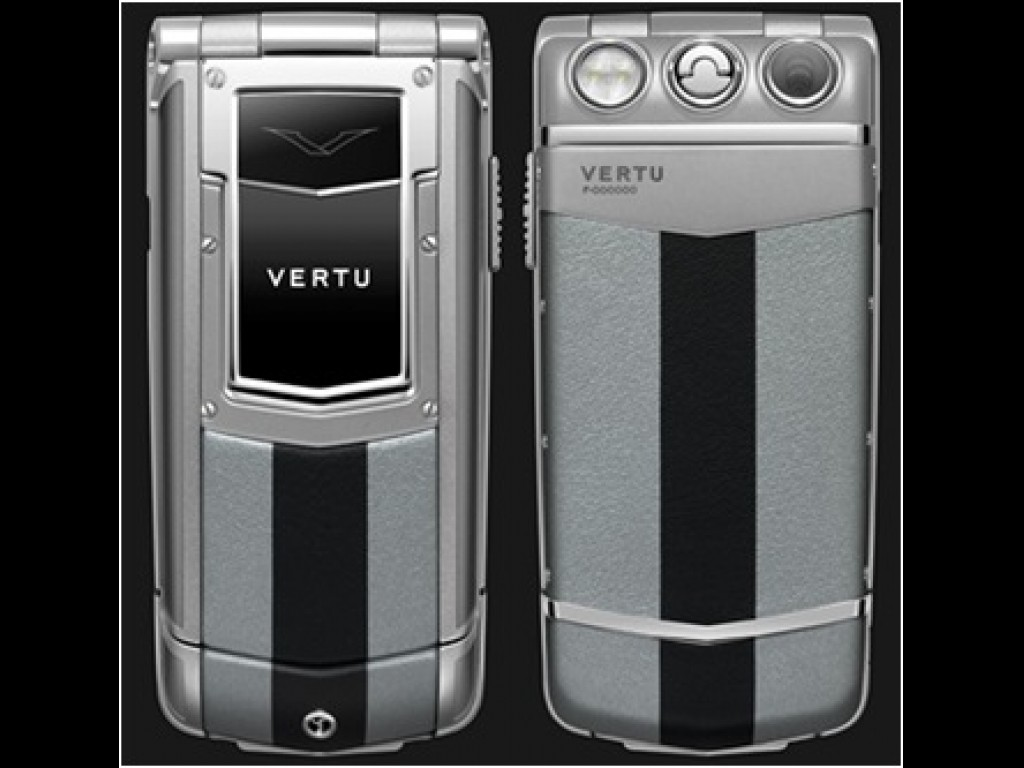 Vertu Constellation Ayxta (M82)