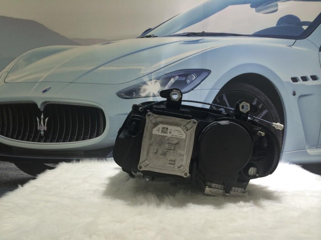 Maserati  R.H.FrontHeadlight