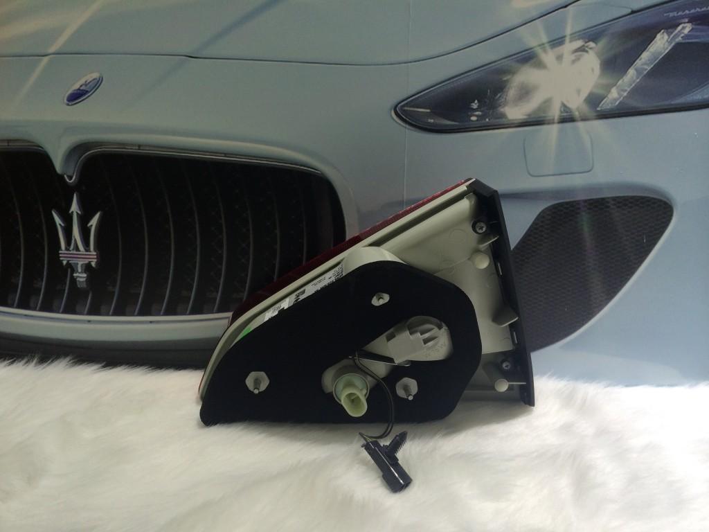 Maserati  L.H.RearLightMobileSide