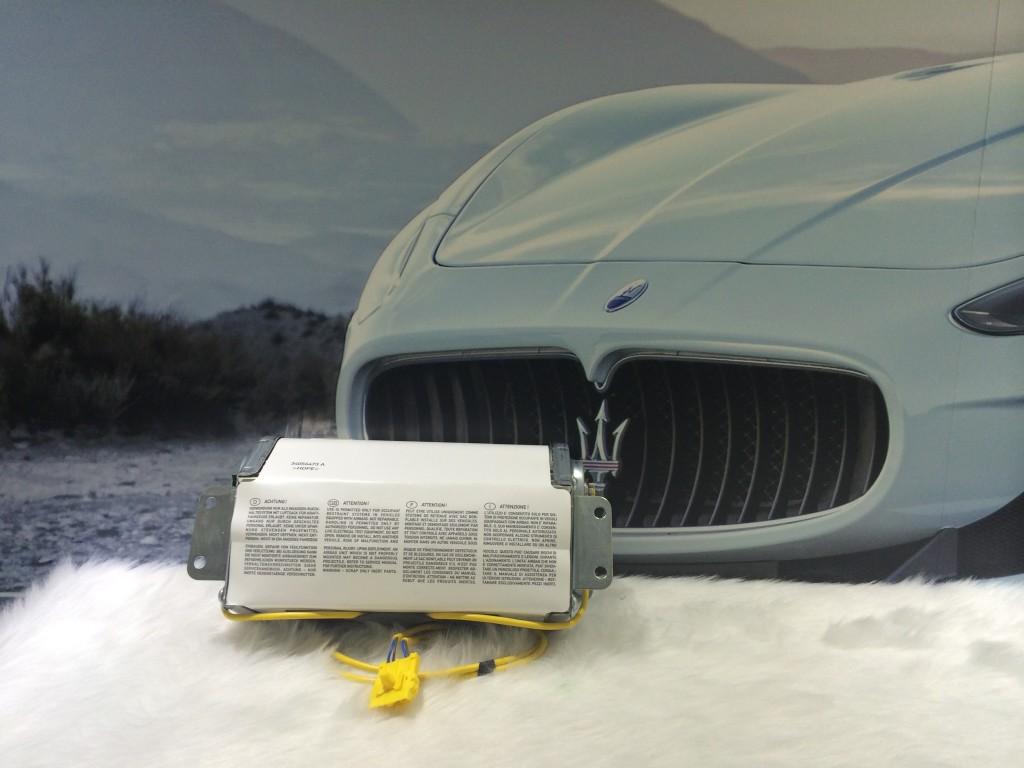 Maserati  Passenger Side Airbag