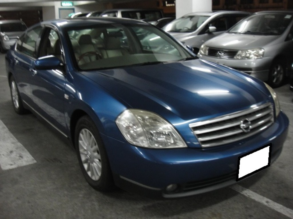 Nissan CEFIRO