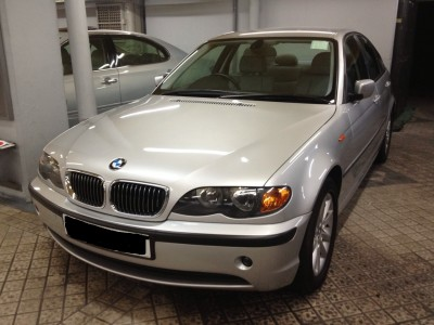 BMW  320i FACELIFT