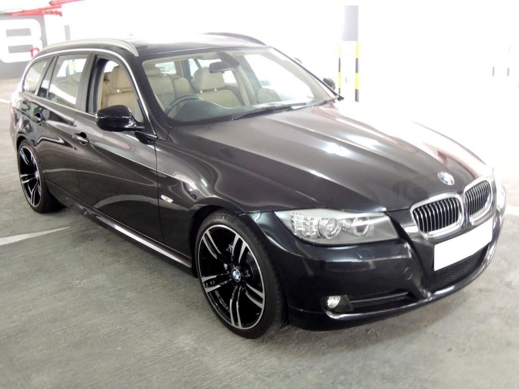 BMW  323IA TOURING