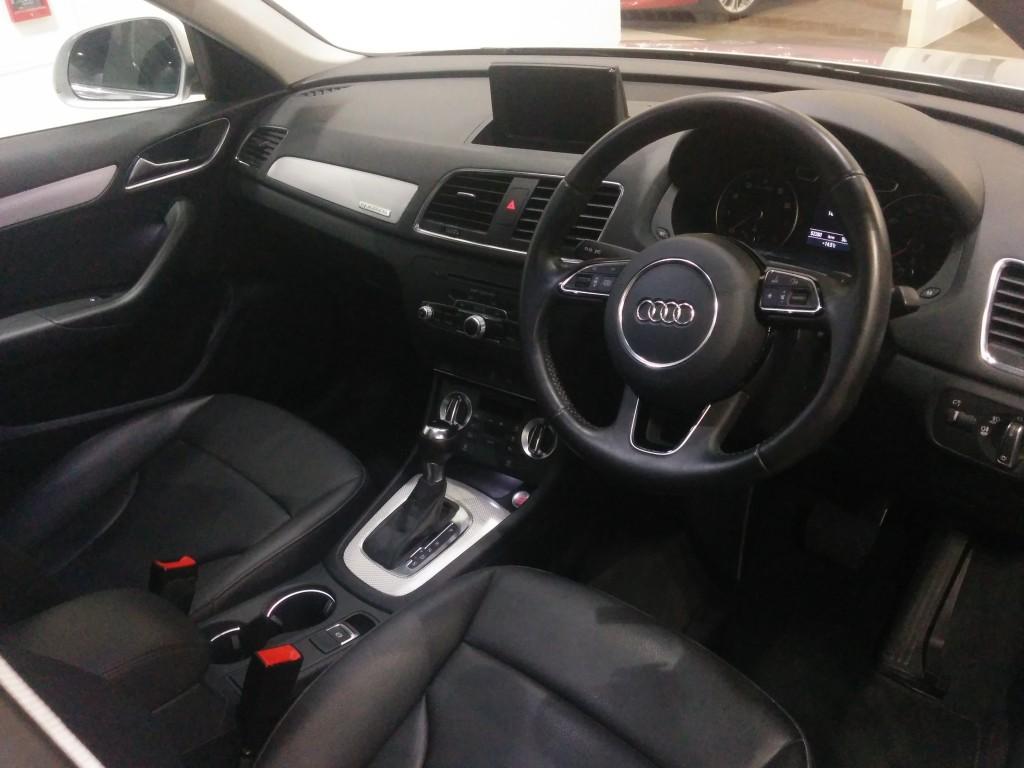 Audi Q3 2.0T Quattro 211HP