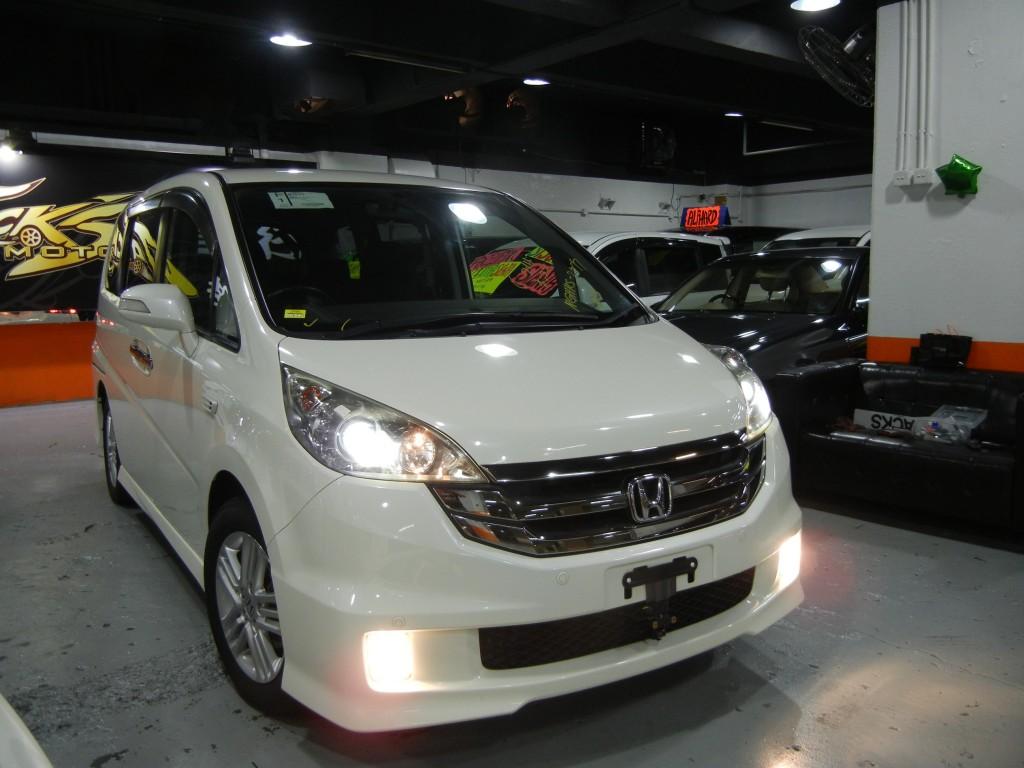 Honda STEPWGN 2.0 SPADA