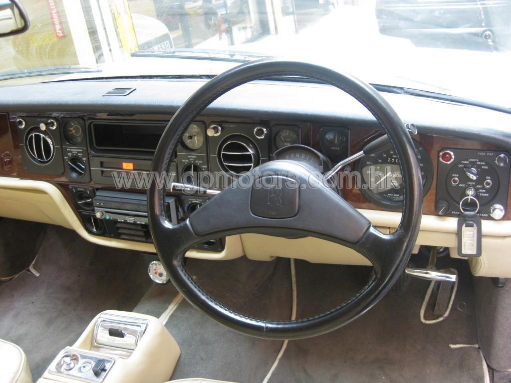 Rolls Royce Camargue