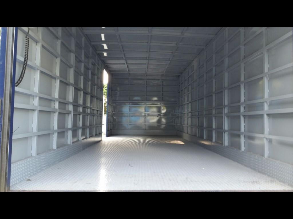 Isuzu 11噸