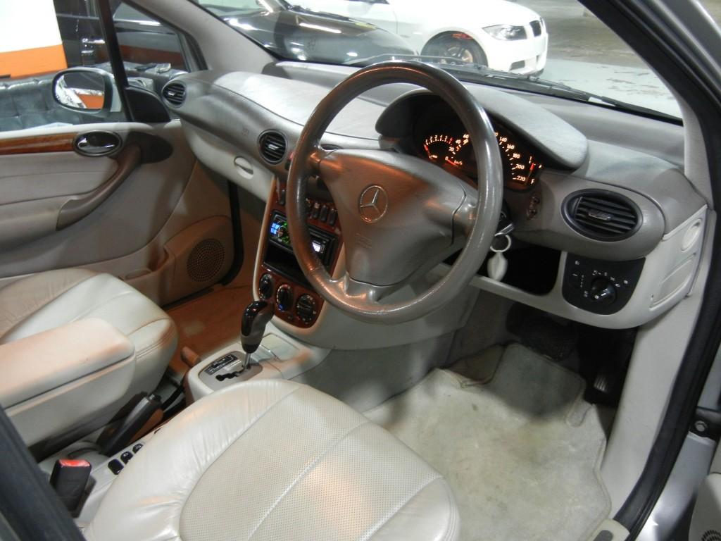 Mercedes-Benz A190L