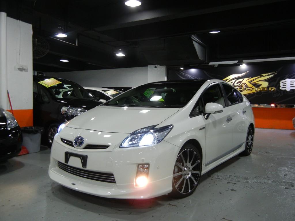 Toyota PRIUS DELUXE MODELLISTA