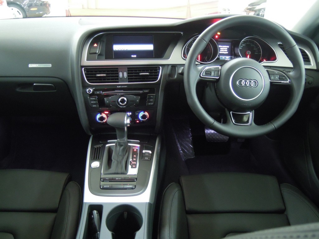 Audi A5 1.8T SPORTBACK SLINE
