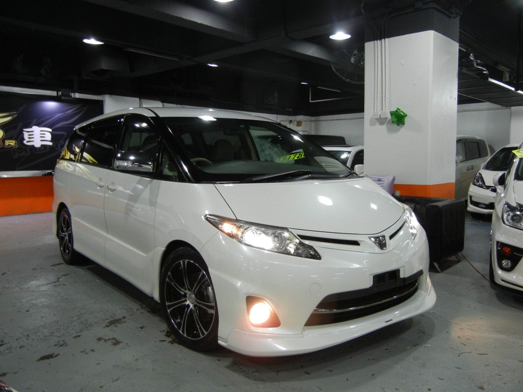 Toyota ESTIMA AERAS  TRD