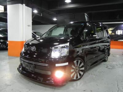 Toyota VOXY Z 天窗版