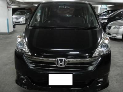 Honda STEPWGN 2.4