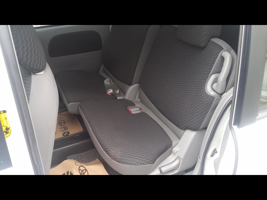 Toyota Sienta X-LTD
