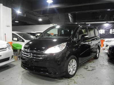 Honda STEPWGN 2.0 RG1 FACELIFT