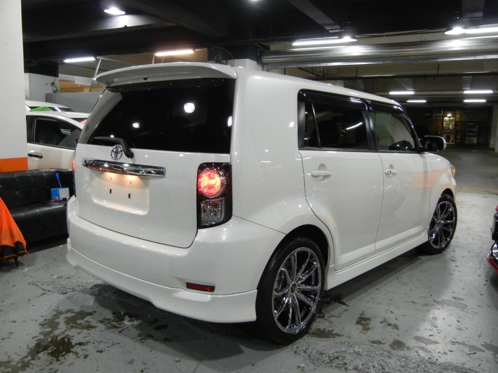 Toyota  RUMION 1.8S AERO TOURER