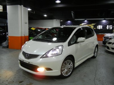 Honda FIT RS GE8