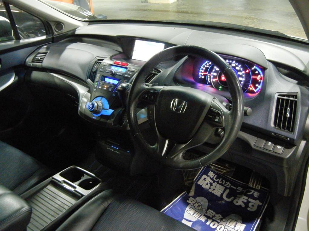Honda  ODYSSEY ABSOLUTE RB3 MUGEN