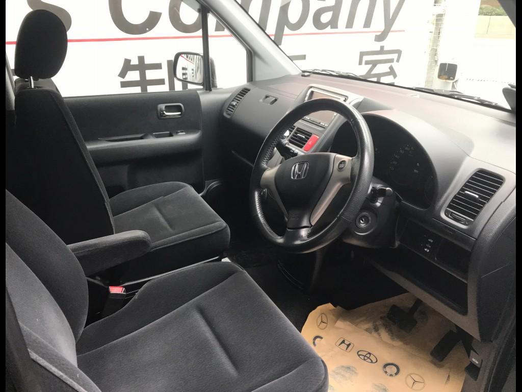 Honda Mobilio X