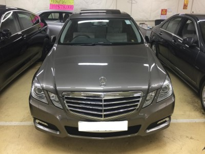 Mercedes-Benz E300 AV