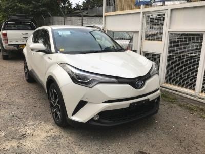 Toyota CHR HYBRID 1.8