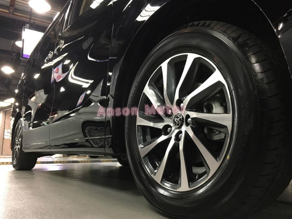 Toyota VELLFIRE 3.5 EXECUTIVE LOUNGE