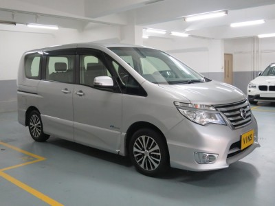 Nissan SERENA 2.0L HWS